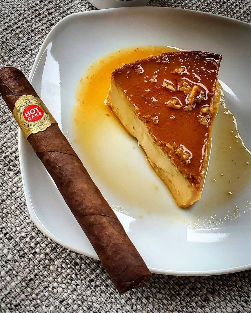 bars-and-cigars-hvc-hot-cake-cigar-2