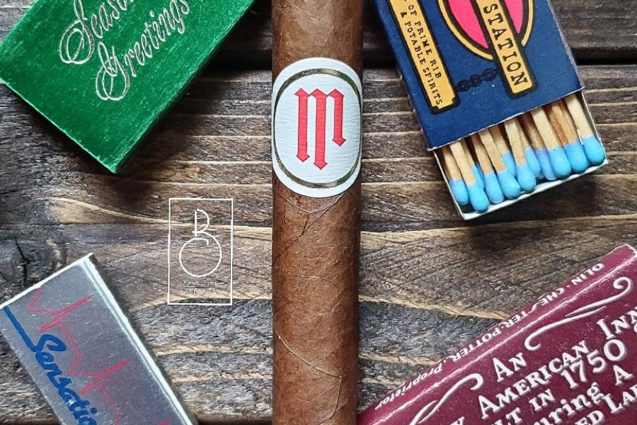 bars-and-cigars-crownheads-mil-dias-1